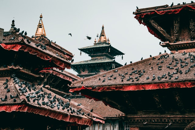 http://edition.legendofhimalaya.com/wp-content/uploads/2020/04/red-and-brown-temple-roofs-2104882.jpg
